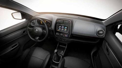 фото панели приборов Renault Kwid