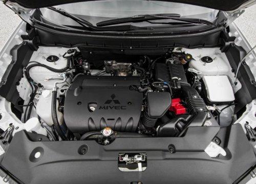 фото двигателя Мицубиси АСХ 2016