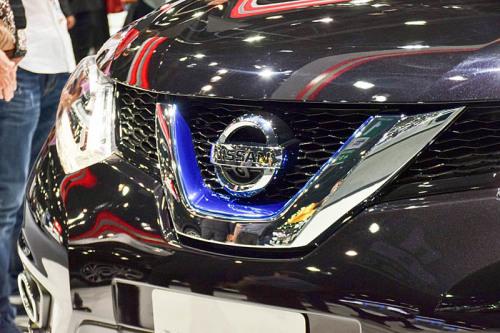 Nissan_X-Trail_Hybrid_2016-2017_004-500x333.jpg