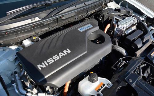 Nissan_X-Trail_Hybrid_2016-2017_020-500x312.jpg