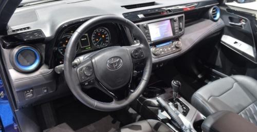 Toyota RAV4 Sapphire