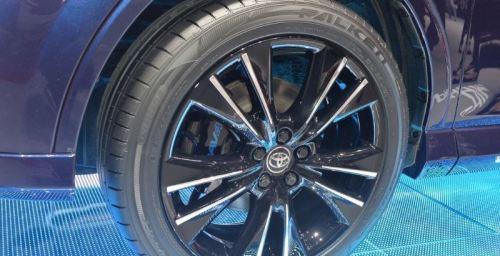 фото Toyota RAV4 Sapphire гибрид 2016-2017