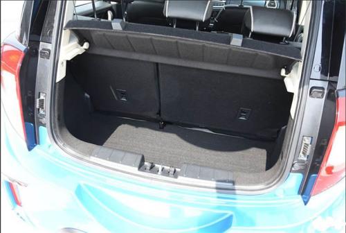 фото багажника JAC S1 2016-2017