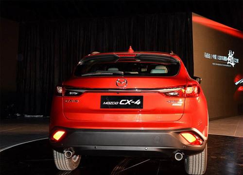 фото Mazda CX-4 2016-2017
