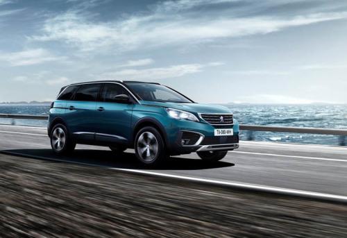 фото Peugeot 5008 2016-2017