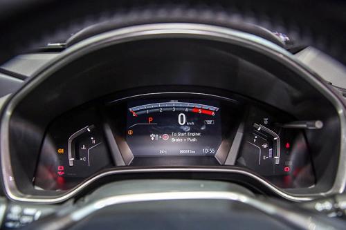 фото салона Honda CR-V  2017-2018