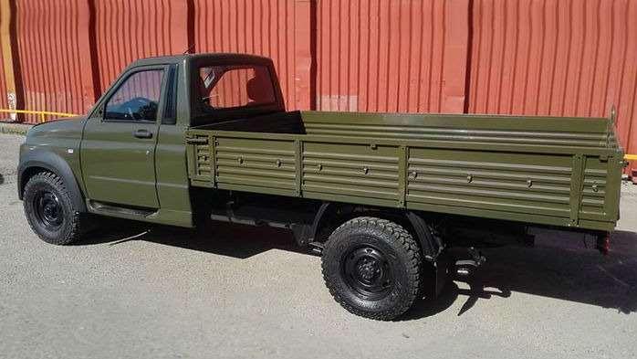 UAZ Profi в «военной форме»