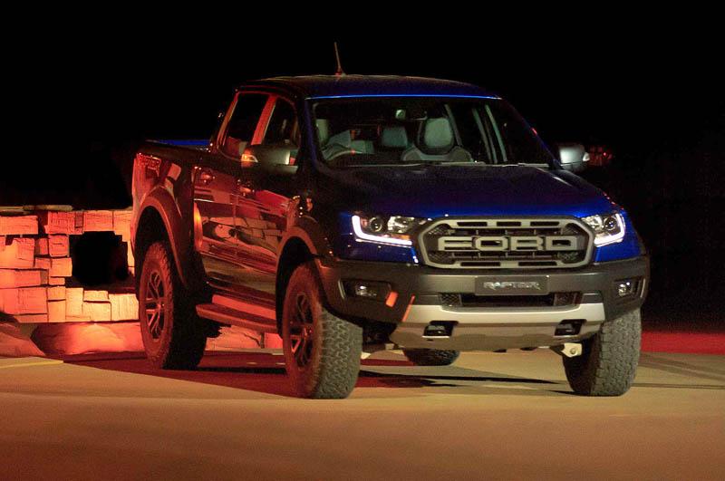 Ford Ranger Raptor 2019 — первые пикапы новинки выходят на рынок