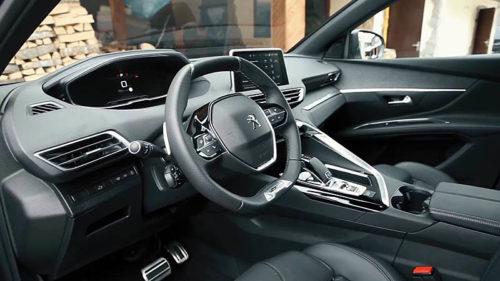 фото интерьера Peugeot 5008 2018