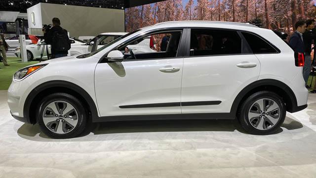 В Лос-Анджелесе презентовали новый Kia Niro 2020 модельного года