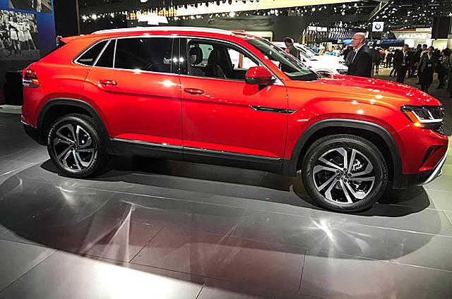 Volkswagen представил модернизированную версию Teramont Cross Sport в кузове купе